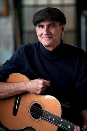 Cunard Line to Welcome Back James Taylor and Band aboard Queen Mary 2 in 2014