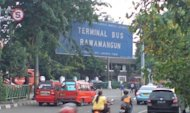 Terminal Bus Rawamangun, Jakarta.