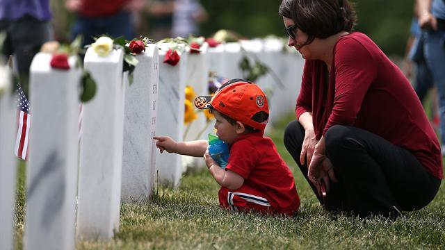 Americans gather to say thank you to fallen heroes