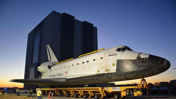 Space Shuttle Atlantis Leaves on Last Move for Museum Display