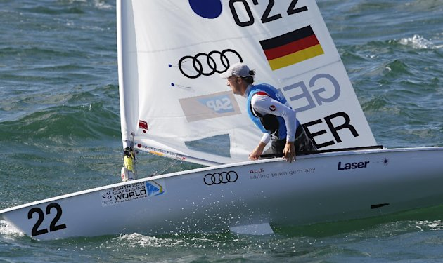 Germany's Simon Groteluschen competes during the men's Laser gold medal race at the World Sailing Championships in Perth, Australia, Sunday, Dec. 18, 2011. (AP Photo/ Theron Kirkman)