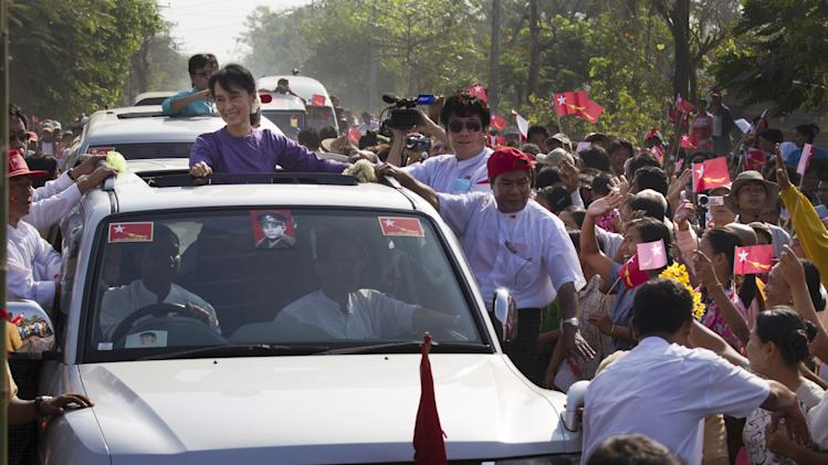 Aung San Suu Kyi Prepares For By-election Campaign In Burma