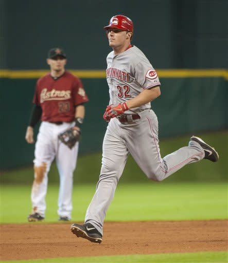 Bruce leads Reds to 5-3 win over Astros