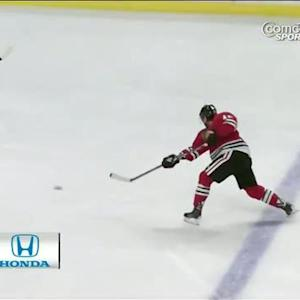 Patrick Sharp scores from the point