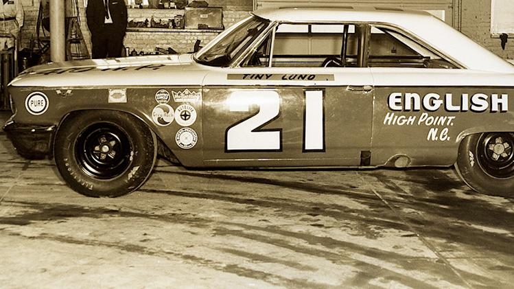 Woods? 1963 Daytona winner rolls on again