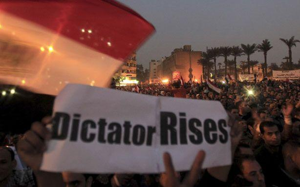 Egyptian Courts Fight Back Against President Morsi