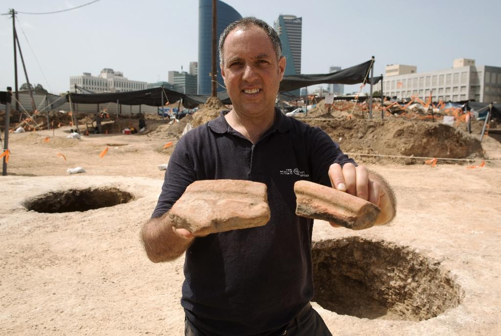 Ancient Egyptian beer making vessels discovered in Israel