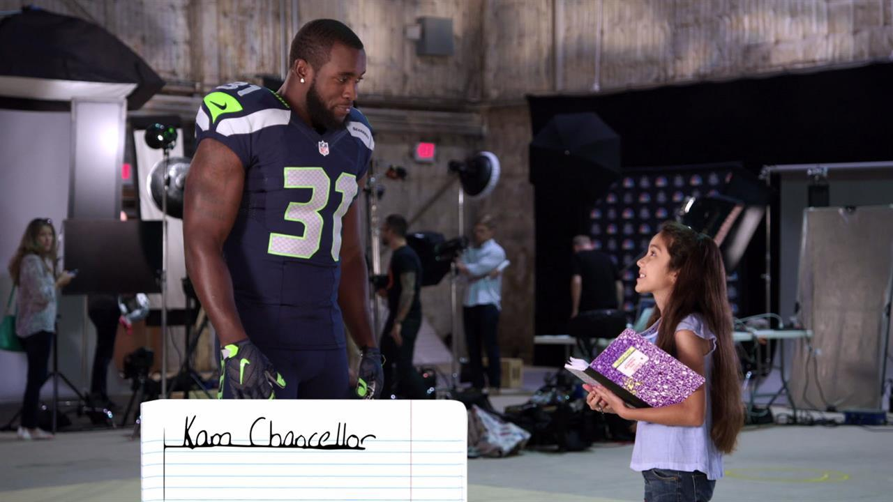Ten-year-old stumps NFL stars for SNF's 10-year anniversary