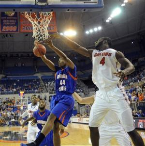 No. 7 Florida overwhelms Savannah State 58-40