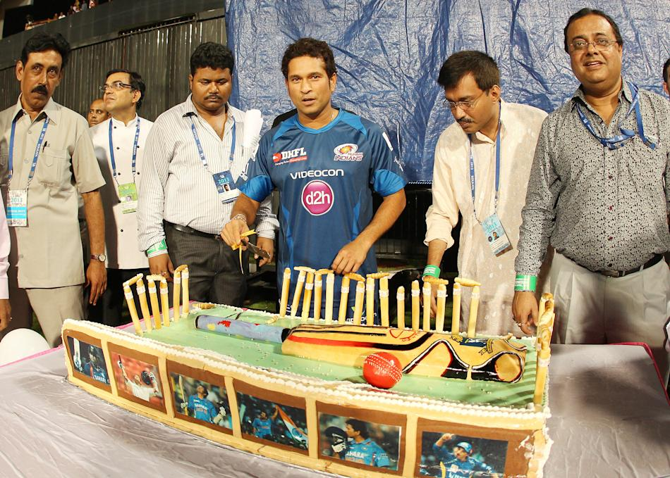 Sachin Tendulkar cut a cake to celebrate his 40th birthday at the Eden Gardens. (BCCI)
