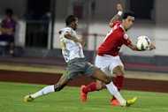 Guangzhou Evergrande's Lucas Barrios (R) pictured during an AFC Champions League match on October 2, 2012. He Barrios has accused Evergrande of failing to pay his full salary in the latest high-profile wage dispute involving a star foreign player in the Chinese Super League