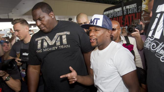 Undefeated boxer Floyd Mayweather Jr. of the U.S. arrives at the MGM Grand Hotel and Casino in Las Vegas