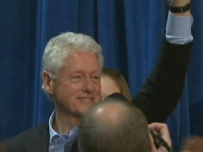 Bill Clinton Campaigns in Virginia Gov. Race