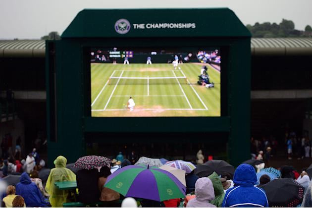 Tennis - 2013 Wimbledon Championships - Day Four - The All England Lawn Tennis and Croquet Club