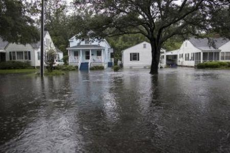 South Carolina hit by catastrophic floods, hundreds rescued