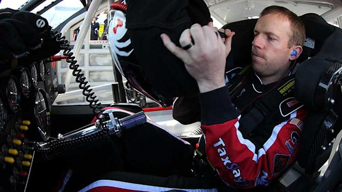 Smith off to good start with JR Motorsports