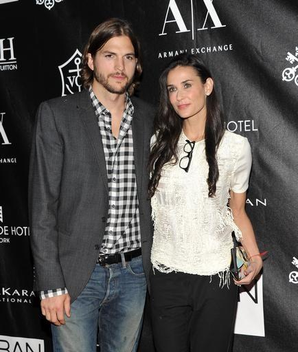 Ashton Kutcher and Demi Moore Tweet Their Thanks