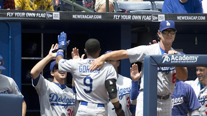 Gordon scores 4 runs as Dodgers beat Braves, 6-4