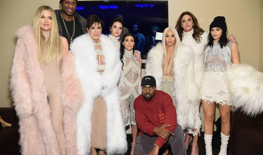 """Kanye West """"Highlights"""" Lyrics: Meaning Of New Song Off 'The Life Of Pablo'"""