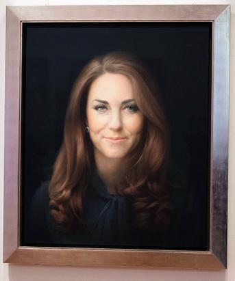 ap_2_kate_middleton_portrait_dm_130111_ssv.jpg