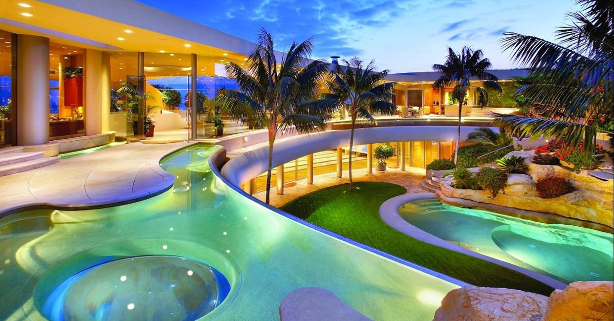 17 Most Jaw-Dropping Gorgeous Celebrity Homes