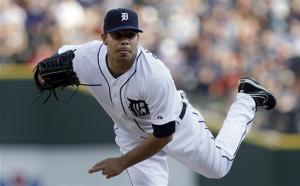 Peralta's 2-run HR in 9th sends Tigers over Bosox