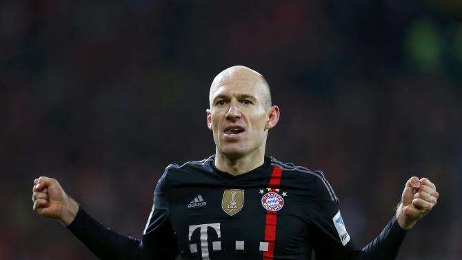 Bayern Munich's Robben celebrates after scoring a goal against FSV Mainz 05 during their German first division Bundesliga soccer match in Mainz