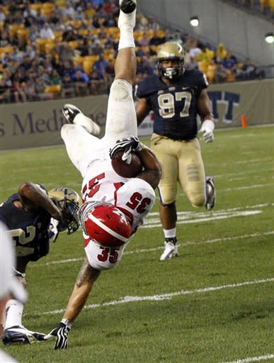 FCS Youngstown State stuns Pitt 31-17