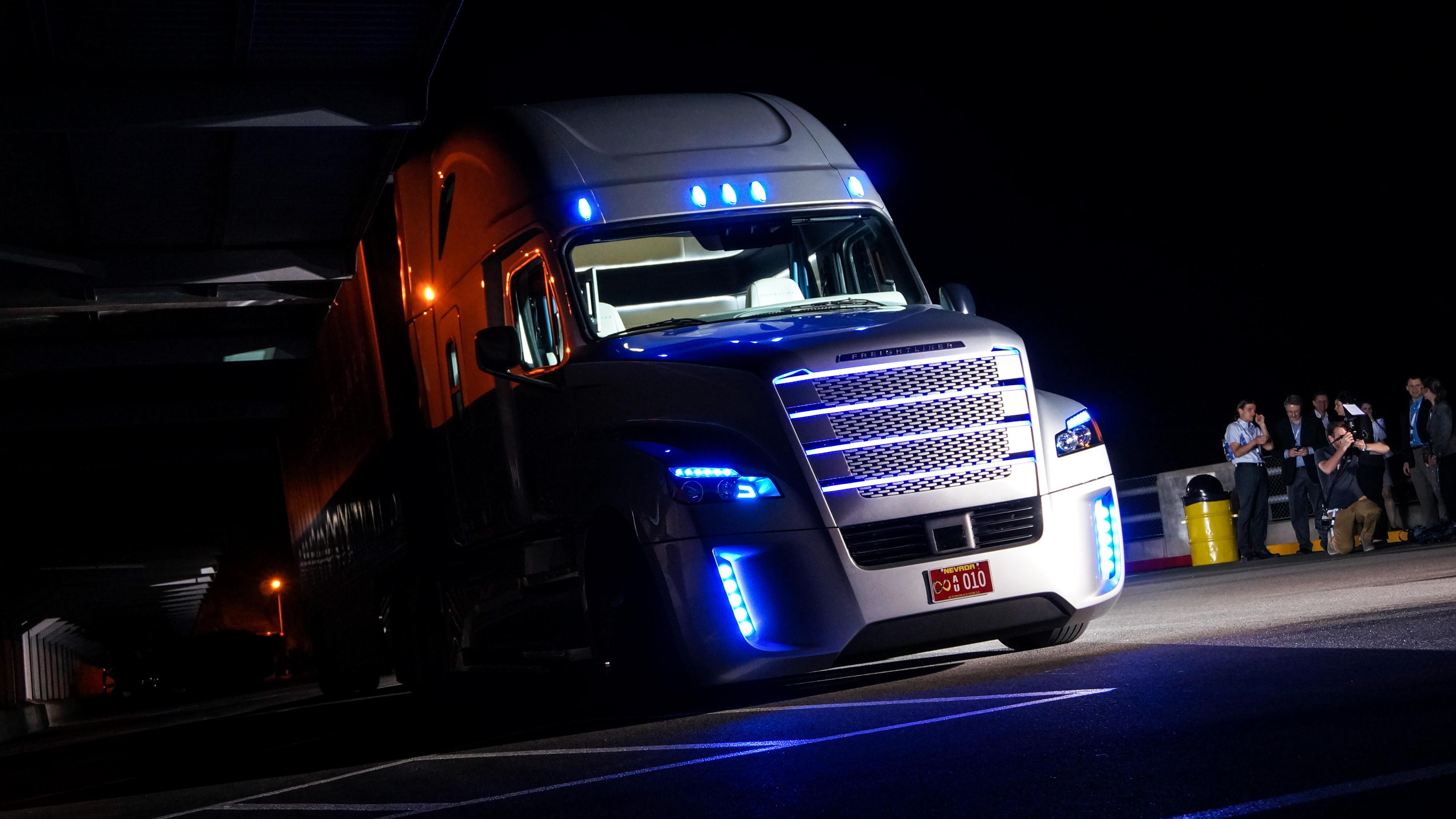 Self-driving Freightliner Inspiration rolls out on public roads in Nevada