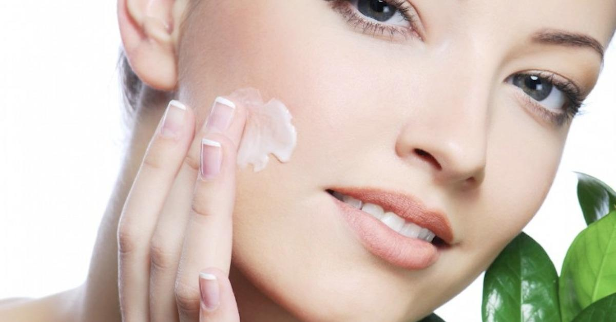17 Ways Coconut Oil Can Increase Your Beauty