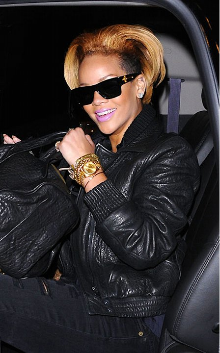 Rihanna Leaving Studio
