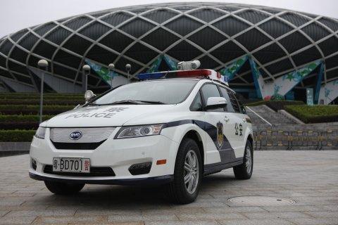 BYD Delivers 500 Pure-Electric, e6 Police Cars to Shenzhen Public Security Bureau