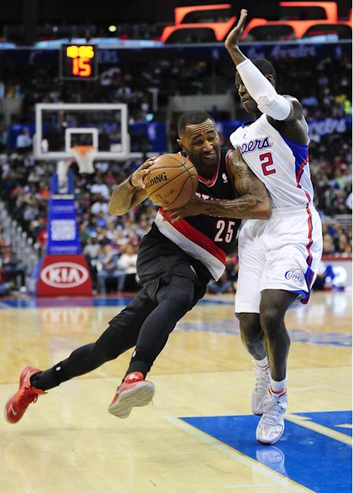 Lillard leads Blazers over Clippers, 94-84
