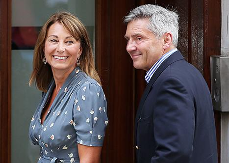 "Carole Middleton ""Very Happy,"" Gets Blowout Before Kate Middleton Goes Into Labor With Second Royal Baby"