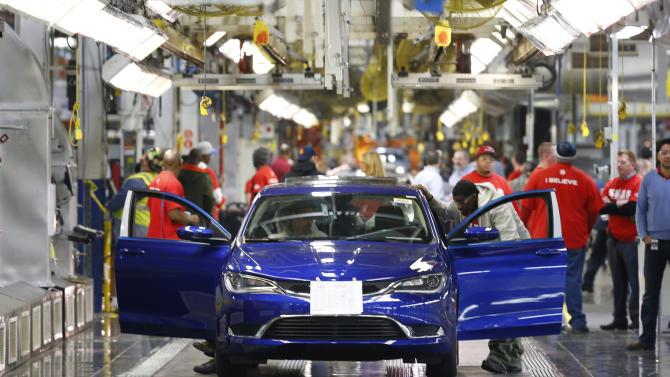 US auto sales hit 9-year high in May