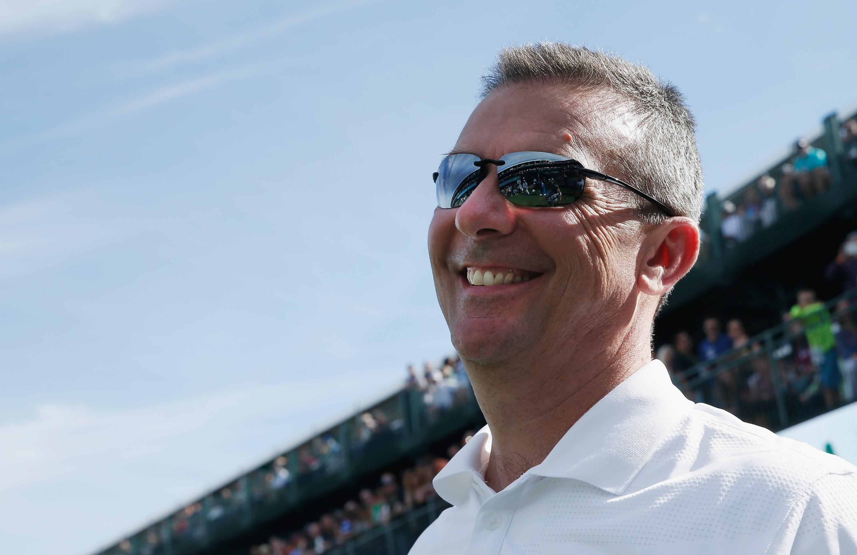 Urban Meyer, Ohio State fans back on dry land after being stuck at sea