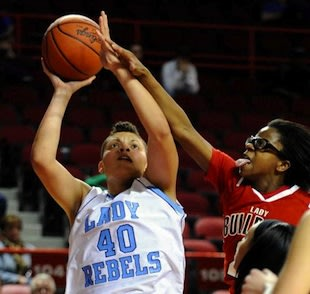 Boone County star Sydney Moss — Associated Press