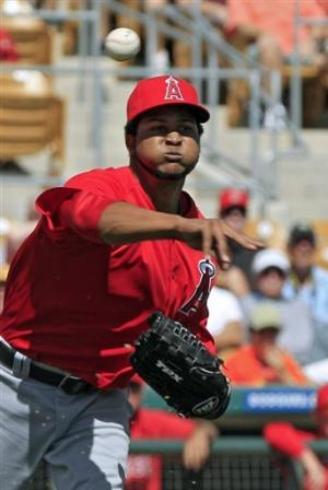 Pujols homers twice, Santana hit by liner