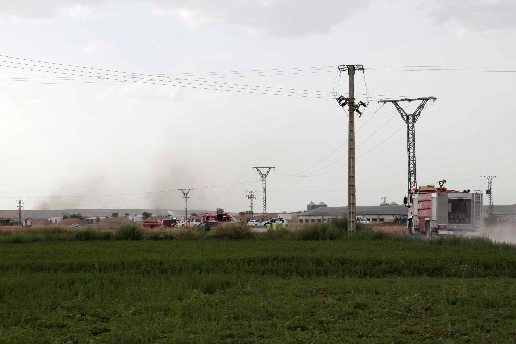 Death toll in Spain fireworks factory explosion rises to six