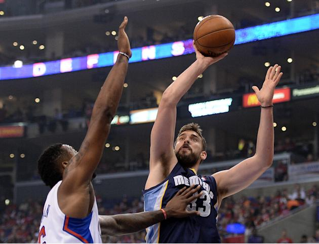 Memphis Grizzlies v Los Angeles Clippers - Game One