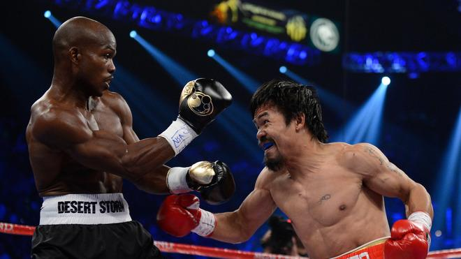 (R-L) Manny Pacquiao Prepares Getty Images