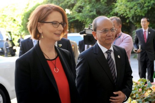 Australian Prime Minister Julia Gillard and Myanmar President Thein Sein at Parliament House in Canberra on March 18, 2013. Australia boosted aid and eased restrictions on defence cooperation with Myanmar as Thein Sein became the southeast Asian country's first head of state to visit since 1974