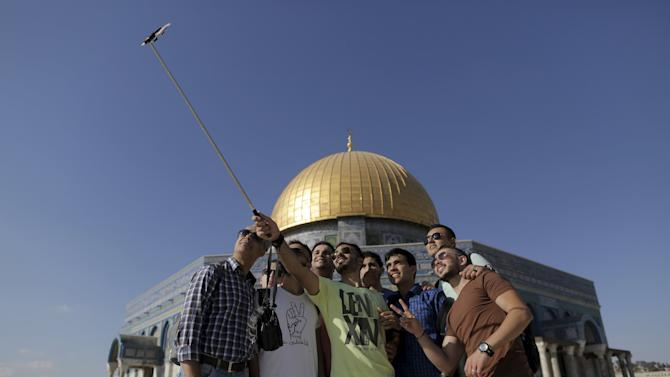 Wider Image: Selfies At Dome Of The Rock