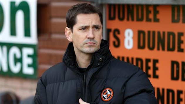 Jackie McNamara is expecting a fierce atmosphere at the Dundee derby