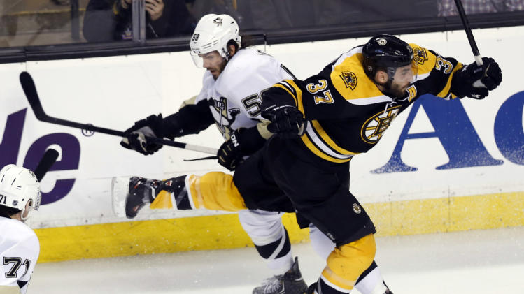 NHL: Stanley Cup Playoffs-Pittsburgh Penguins at Boston Bruins