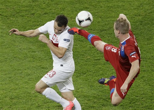 Czechs beat Poland 1-0 to make quarterfinals
