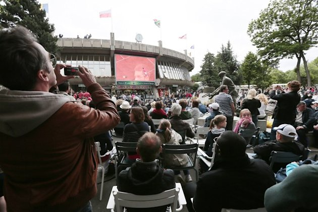 People Watch The Men's Singles Final Tennis AFP/Getty Images