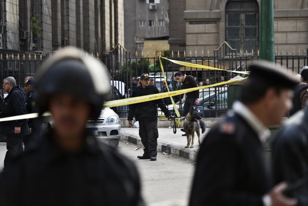 Bomb blast near Egypt court kills two, wounds 9
