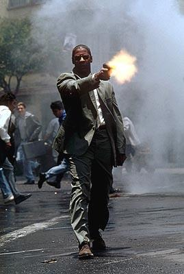 Denzel Washington in 20th Century Fox's Man on Fire