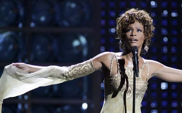 Cissy Houston to Write Whitney Memoir; How to Walk and Read